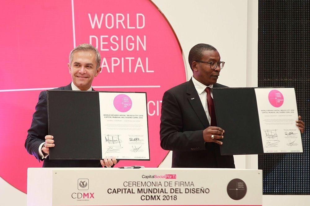 Ceremonia de firma Capital Mundial de Diseño CDMX 2018. Foto: enlacelegislativo.mx