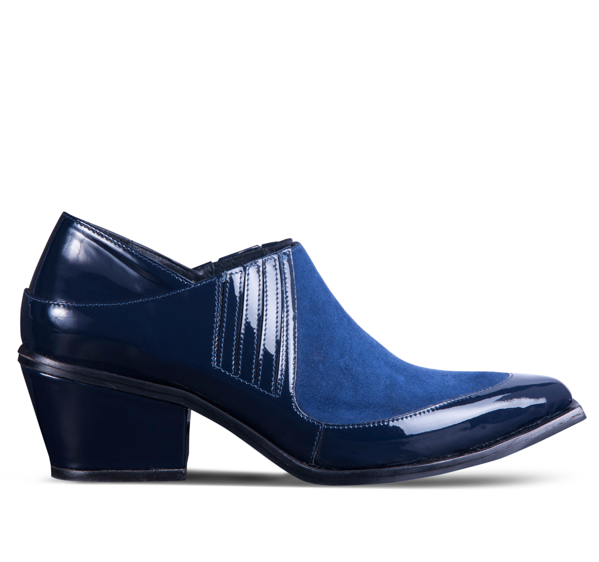 Modelo Rene azul. Foto: Telma.