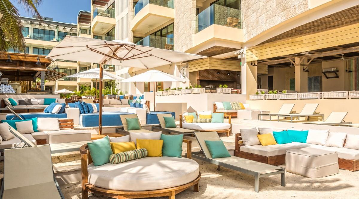 Area lounge de la Thompson Beach House. Foto: thompsonhotels.com
