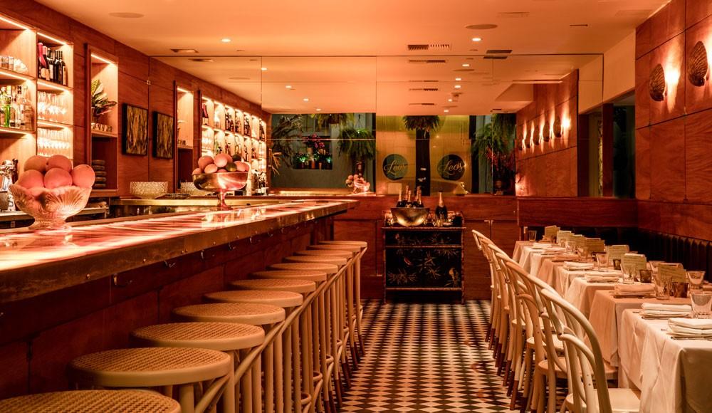 Interior del Leo's Oyster Bar. Foto: leossf.com