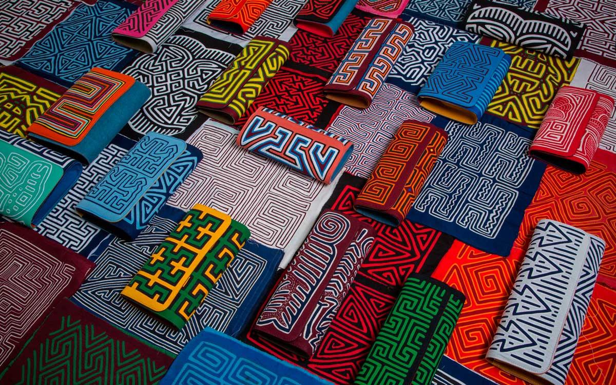 Mola Sasa Hand Bags. Foto: yasmin-sabet.squarespace.com