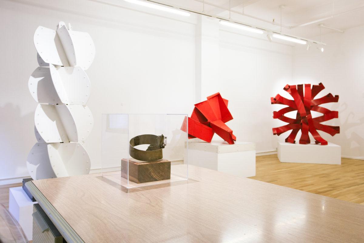 León Tovar Gallery